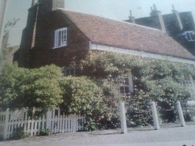 M s de 25 ideas incre bles sobre nottingham cottage en for Nottingham cottage interior