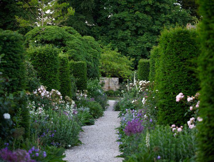 cotswold-garden-3 Jinny Blom