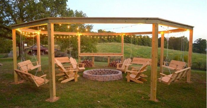 Is your backyard the place to be? As the tempratures are warming up there is little I like to do more than sit outside with the kiddos! Let them get out steam at teh end of the day. Here are some back yard ideas – little tricks and changes (and maybe a couple big projects) …
