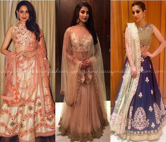 Bollywood Celebrities in Ethnic Dresses, Bollywood Celebrities in Ethnic Wears Bollywood Celebrities in Ethnic Outfits.