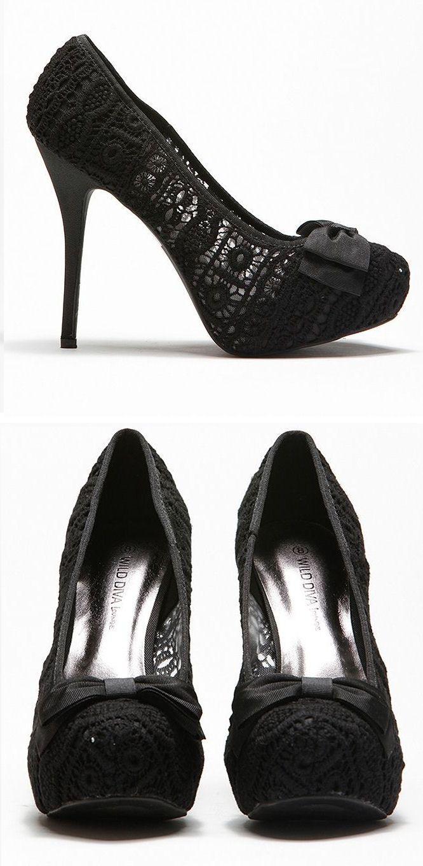 Black Lace Bow Pumps ♡