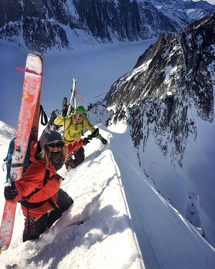 Such events inspire us to build our products. *** credit to @myshellparker  #winterpark #loveland #gloves #warmsocks #fahrenheit.ai #AIBioEngineered #inthenameofwinter #winter #nightmare #mountains #wintermountains #wintersports #wintertime #lifestyle #allthingswinter #ice #ski #skiing #skating #climbing #playoutside #ice #freeski #wintersports #fitness #skitouring #perfectshot