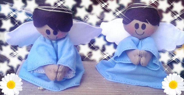 Anjinho orando, feito em feltro com 31 cm