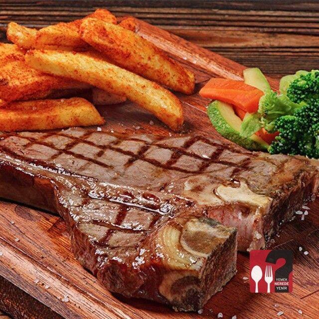 T-Bone Steak - Beeves Burger Erenköy / Istanbul  Tel : 0216 478 16 16  Buharda pişmiş sebzeler ve ev yapımı patates kızartması ile...