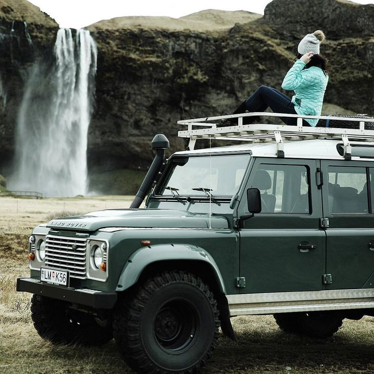 17 Best Images About LANDROVER Girls On Pinterest