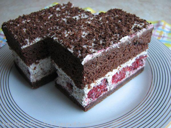 kruche babeczki: Ciasto straciatella z malinami :)