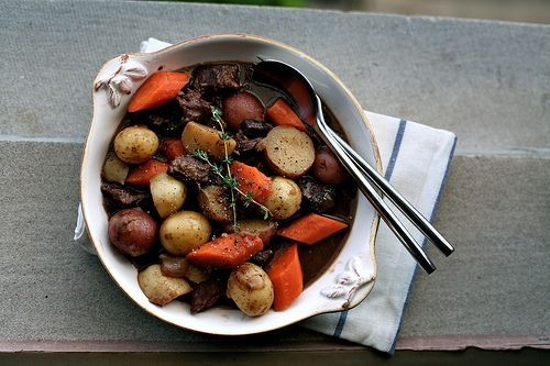 Beef stew: Dinners Tonight, Sinks Recipes, Beef Stews, Savory Recipes, Food I D, Food Blog, Rustic Stew, Hearti Beef, Kitchens Sinks