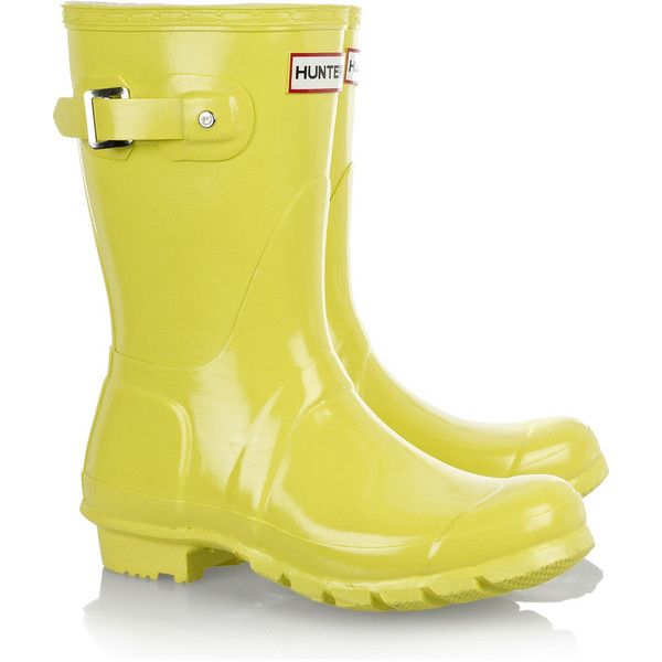 Hunter Original Short Wellington boots ❤ liked on Polyvore featuring shoes, boots, rain boots, women, weather proof boots, short rubber boots, slip-on shoes, weatherproof boots and yellow rain boots