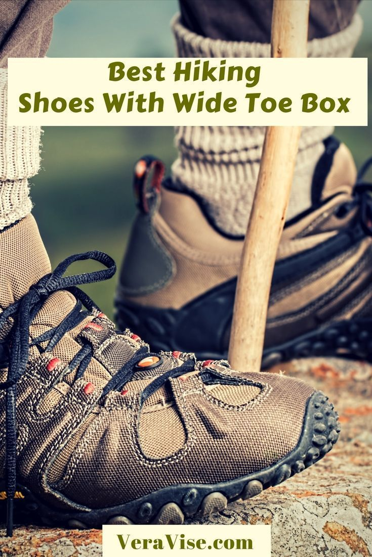 hiking shoes, Hiking boots