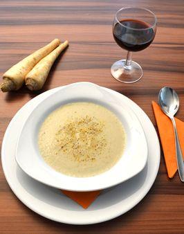 PETERSILIENWURZEL-CREMESUPPE - Zutaten für 4 Personen:  500g Petersilienwurzel, 1 Zwiebel, 1 EL Butter, ½ L Gemüsebrühe, 50ml Sahne, 250ml Milch,  Pfeffer, Salz. Hier geht's zur Zubereitung: http://behr-ag.com/de/unsere-rezepte/rezeptdetail/recipe/petersilienwurzel-cr.html