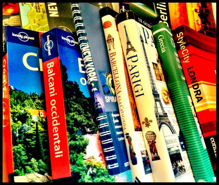 Le migliori guide turistiche – Guide viaggi cartacee e in pdf Quali sono le migliori guide turistiche cartacee? E' possibile scaricare la versione elettronica in pdf? ..entriamo nel mondo delle guide viaggi per orientare la vostra scelta in libreria od online.