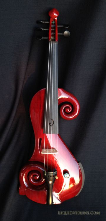 4/4 size violin Professional grade, 5 string electric violin......not sure if i would now how to play it, but it looks cool
