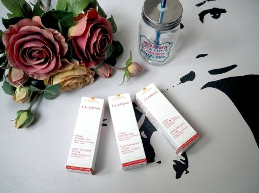 Clarins Beauty Giveaway #Clarins #giveaway #Looks