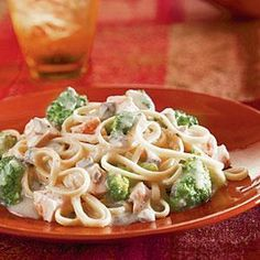 Linguine is mixed with pieces of tender chicken and broccoli flowerets and coated with a rich, satiny Alfredo sauce featuring Campbell's® Condensed Cream of Mushroom Soup, milk, Parmesan cheese and black pepper to make a quick and fabulous dish.