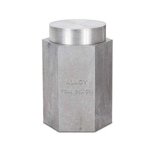 Tom Dixon Alloy large scented candle (280 AUD) ❤ liked on Polyvore featuring home, home decor, candles & candleholders, fragrance candles, metallic candles, industrial home decor, tom dixon candles and scented candles
