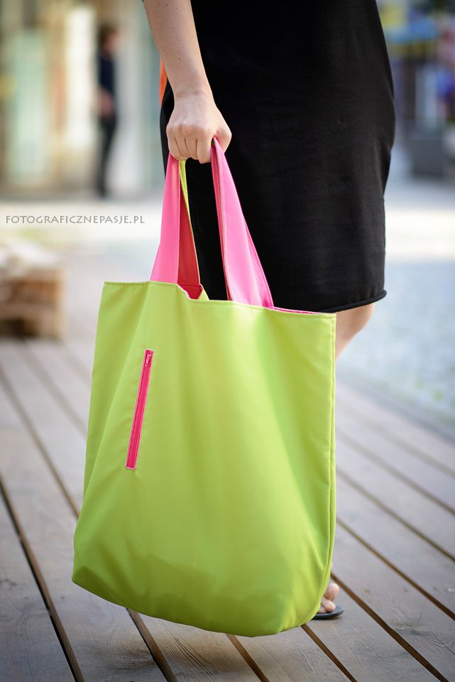 Large, packable bag - XXL waterproof fabric. 4 X COLOUR - you can wear in four ways: - green pink - green green - pink green - pink pink