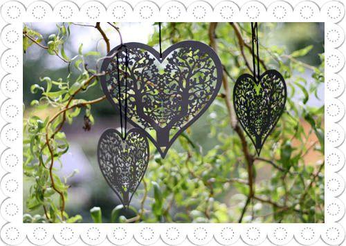 Grey Metal Hanging Hearts Large