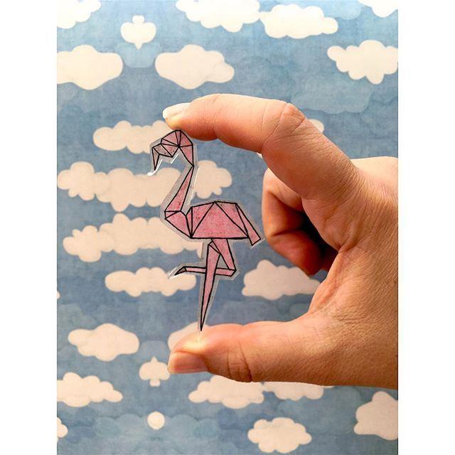"""Flamingo Tasarımlı Kolye Ucu  . """"  Malzememiz Küçülen kağıt  """" . . #art #seventimes #küçülenkağıt #kuculenkagit #arts #artstudio #artlovers #draw #drawing #drawsomething #draws #drawingart #drawingpencil #drawingpen #drawart #çizim #atölye #atolyekafasi  #meril #merilinatölyesi"""