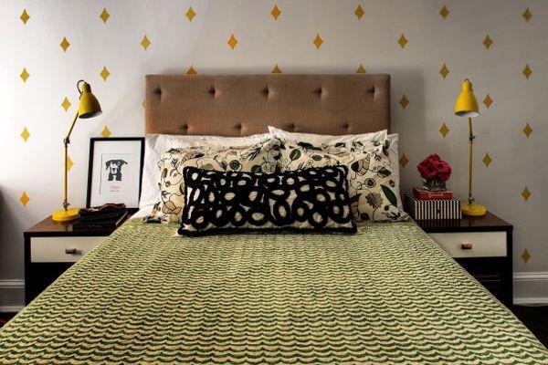 Elegant, eclectic bedroom. Via Refinery 29. #laylagrayce #bedroom #diamondpattern