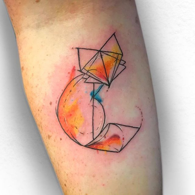 Watercolour Fox From Today Watercolortattoo Fox Foxtattoo Geometrictattoos Geometricfox Tatto Fox Tattoo Watercolor Fox Watercolor Fox Tattoos