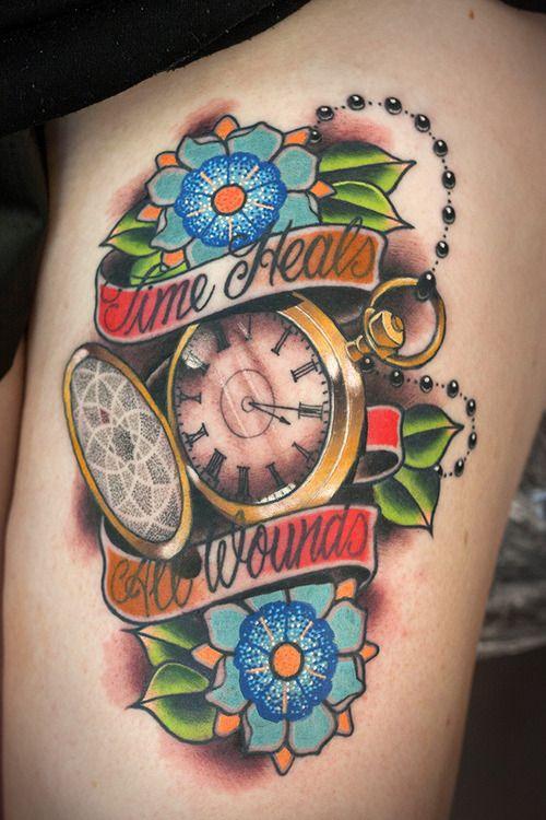 Tatuaggi. Gli orologi da taschino spopolano e gli orologi Swatch si ispirano ai tattoo (FOTO)