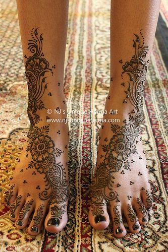 Shemara's bridal henna feet 2010 © NJ's Unique Henna Art | Flickr - Photo Sharing!