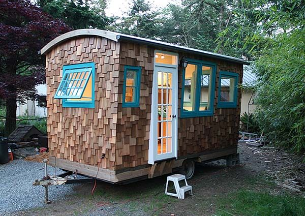 playhouse: Guest Room, Cabin, Tiny Homes, Tiny Houses, Camps, Hornby Islands, Gypsy Wagon, Guest Houses, Islands Caravan