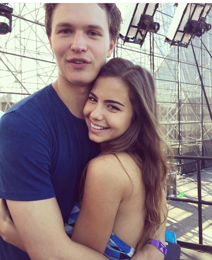 who is ansel elgort currently dating Here are nine things to know about 'baby driver's' ansel elgort's high just who is ansel elgort's girlfriend, violetta high school and started dating in.