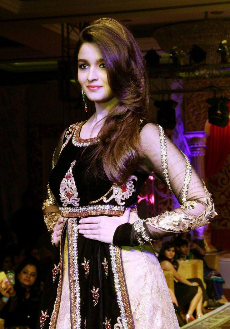 Alia Bhatt  Lehanga