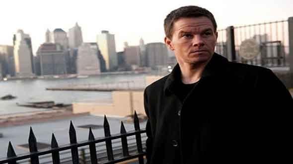 Broken City est un film, clairement calqué sur les films noirs classiques comme Chinatown et LA Confidential, mais là où on aurait pu avoir un film vraiment noir comme « Menace II Society », un des premiers films d'Allen Hughes, on tombe quelque peu dans la caricature d'un thriller.