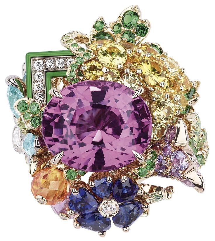 DIOR * Pink Sapphire Queen's Hamlet Ring