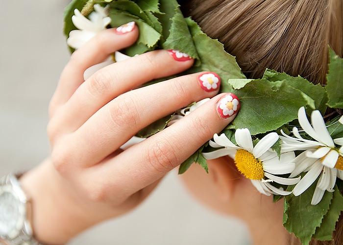 DIY Summer nails / Gör det själv blommiga naglar