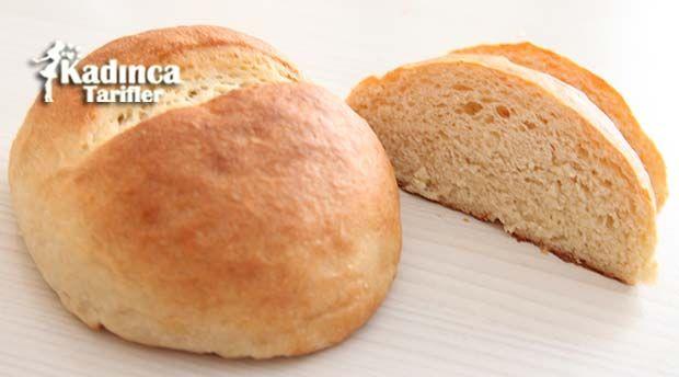 Bayatlamayan Ev Ekmeği Tarifi en nefis nasıl yapılır? Kendi yaptığımız Bayatlamayan Ev Ekmeği Tarifi'nin malzemeleri, kolay resimli anlatımı ve detaylı yapılışını bu yazımızda okuyabilirsiniz. Aşçımız: AyseTuzak
