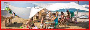 #FAMILYHOTELSITALIA Marotta di Mondolfo, Resort sulla spiaggia LA PRIMA SETTIMANA DI GIUGNO Inizia la tua Estate con Family Hotels Italia! Dal 26 maggio al 3 giugno (7 NOTTI) In Beach Bungalow spendi 899€ totali In Comfort Bungalow spendi 699€ totali In Best Price Bungalow spendi 599€ totali Offerta valida solo per 10 CAMERE con tutti i bimbi sempre gratis! Guarda gli altri servizi offerti nella tua Vacanza in Famiglia All Inclusive Beach & Free Bar 24h! #WEAREYOURFAMILY