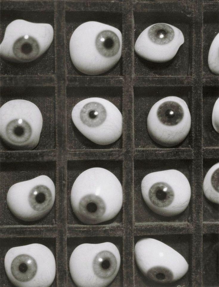 Herbert-Bayer-Glas-augen-1928