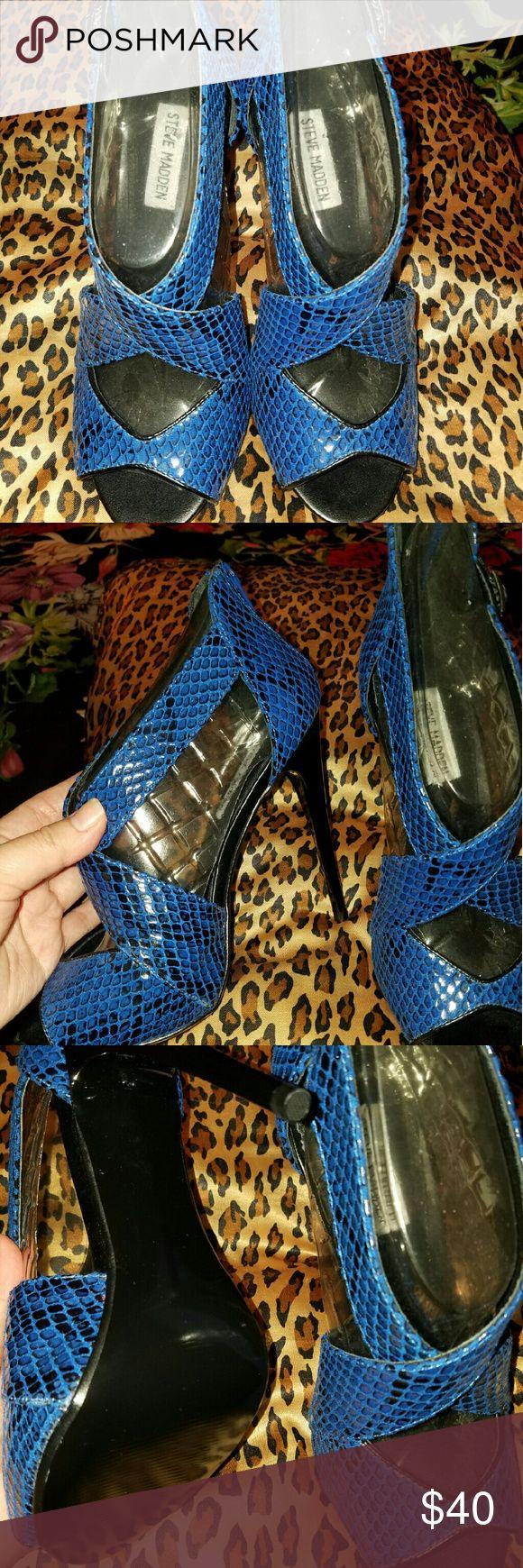 Steve madden high heels Exotic blue/black heels Steve Madden Shoes Heels