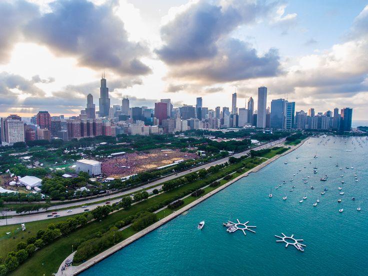 Chicago during Lollapalooza 2016 (1996x1496) - Craig Vander Galien
