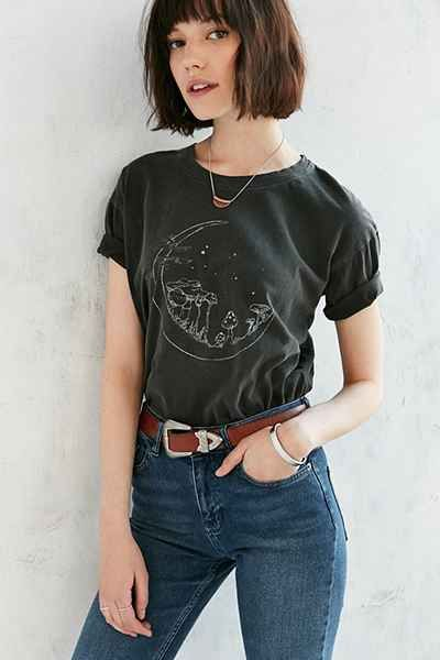 Future State Cropped Moon Scene Tee - Urban Outfitters