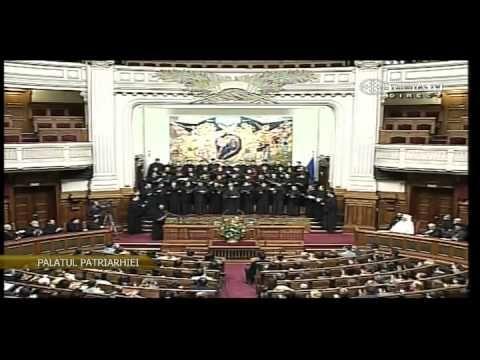 "Concertul traditional de colinde ""Rasaritul Cel de Sus"" (2012) Trinitas TV"