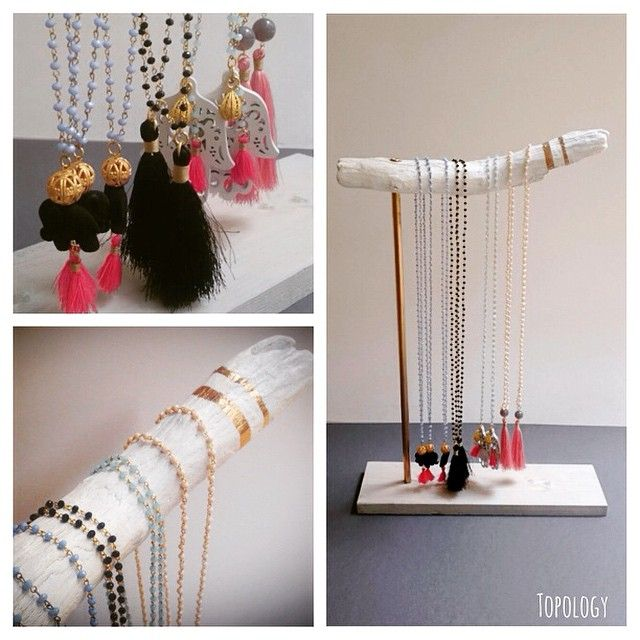 A bit more of my #diy #driftwood #jewelrystand !💕💍💋 #doityourself #jewellery #stand #woodenstand #summer #summermood #beach #creative #fun #tassel #necklace #longnecklace #yoganecklace #topology #topologyhandmade #white #smile #etsy #etsyshop #etsyseller