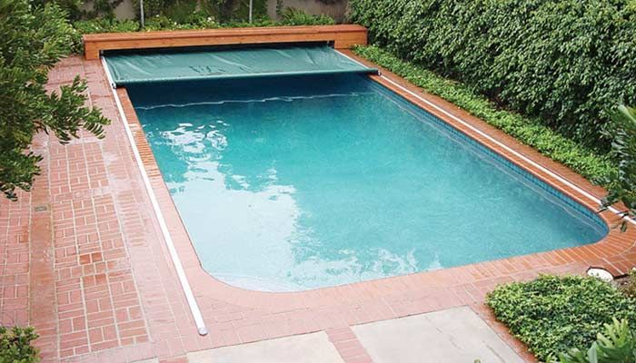 Automatic Retractable Safety Pool Covers With Images Automatic