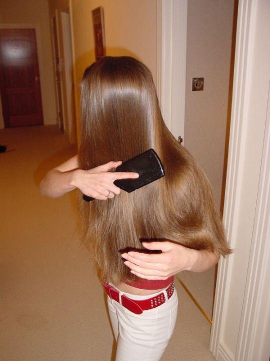 Hair brush spank