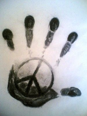 Peace-full hand... would be adorable with Noahs handprint <3