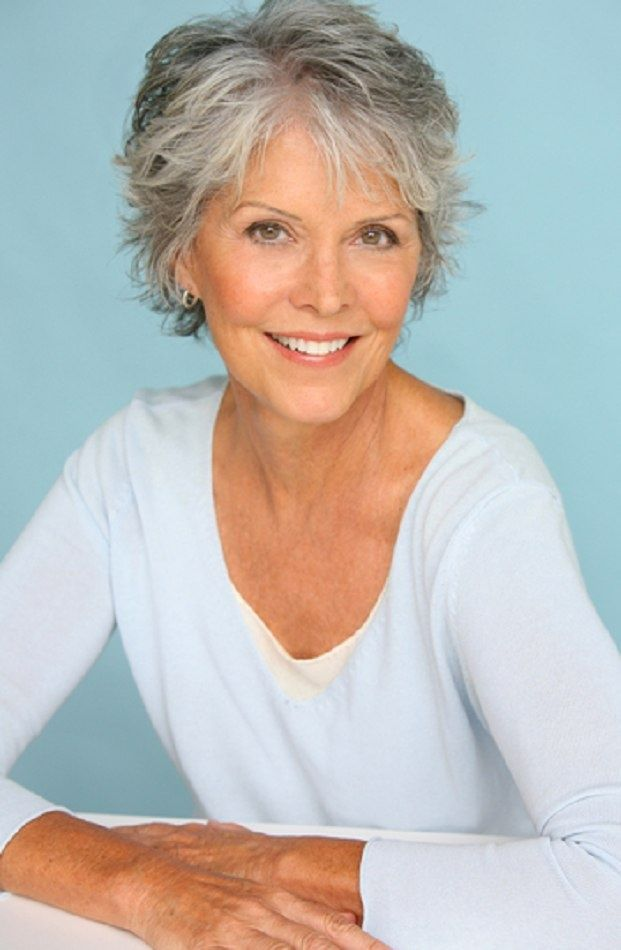 gray hair styles | This wonderful hairstyle gives a very light and youthful feel that ...