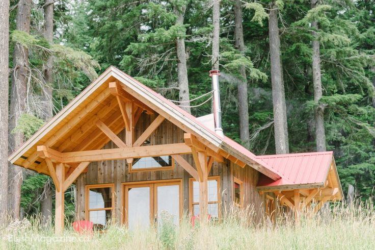 Rustic Heather Mountain Wedding. Wedding Reception, Cabin