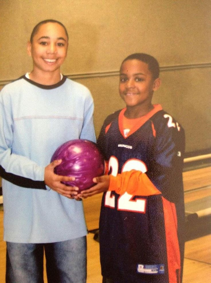 Mookie Betts bowling with Terry Shumpert's son, Nick