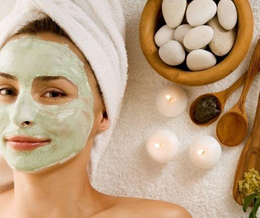 Een droge, vette of onzuivere huid? Bereid zelf een natuurlijk gezichtsmasker, wij vertellen je hier hoe en met wat!