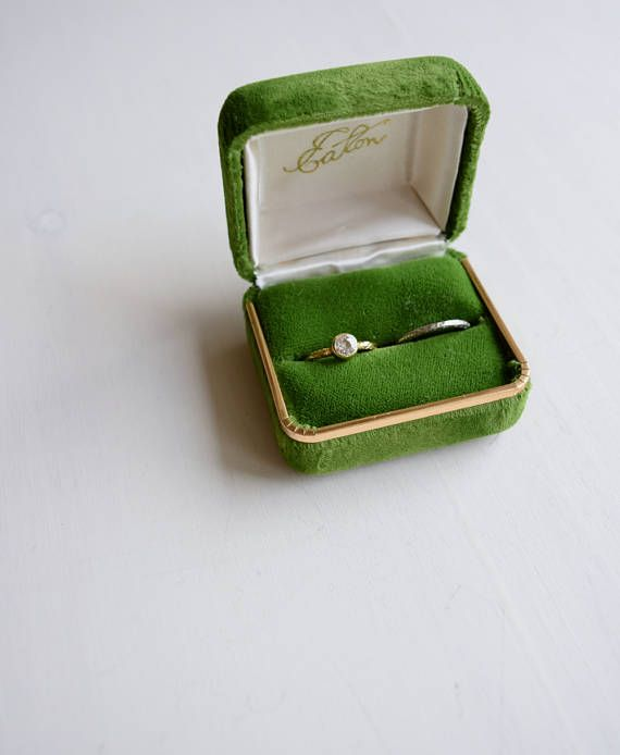 88 best Vintage ring box images on Pinterest Vintage rings Ring