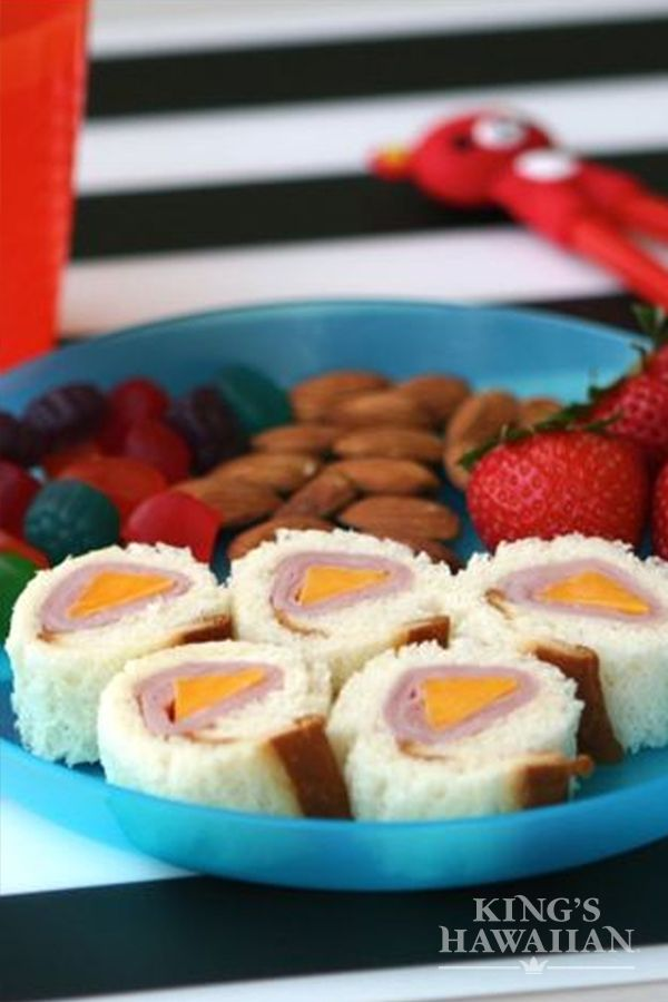 A ham and cheese sandwich never looked more fun! Share your sushi bites around the table.