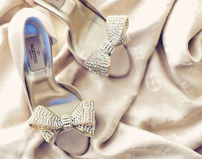 Valentino Shoes with bow detail #2 acccessory for the bride #weddings